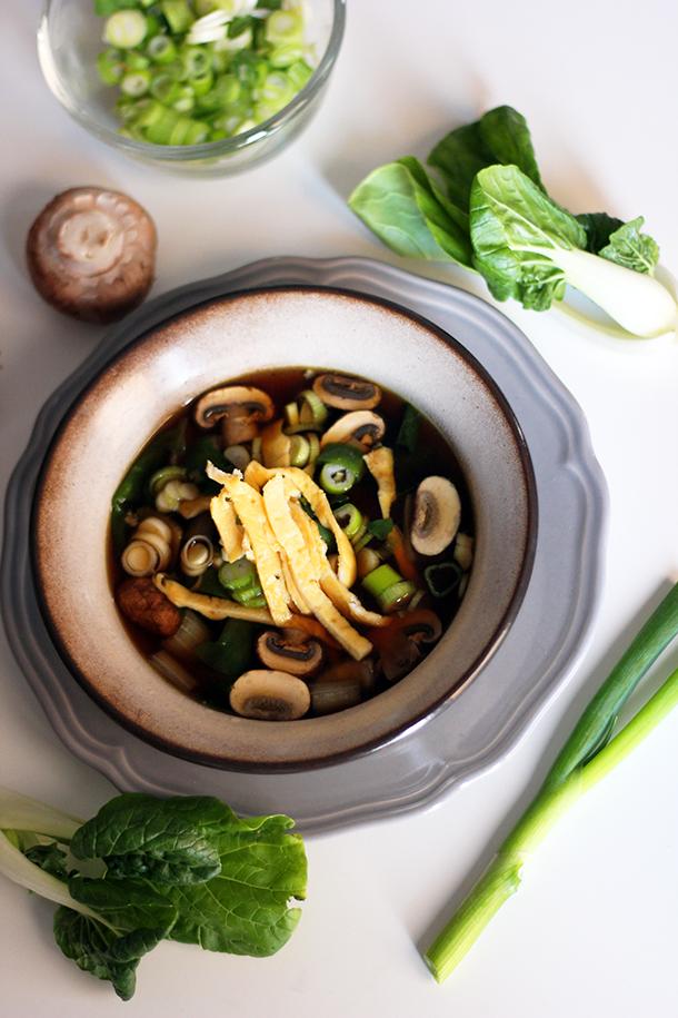 chinese soep met paksoi